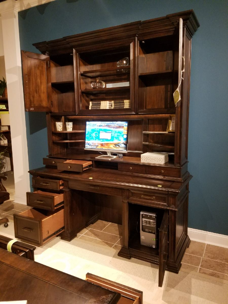 74 Inch Traditional Grand Classic Executive Computer Desk